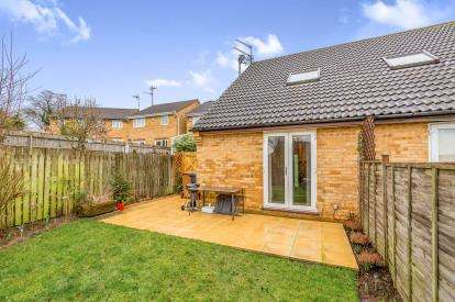 1 Bedroom Semi Detached House for sale in Fylingdale, Kingsthorpe, Northampton, Northamptonshire