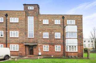 2 Bedrooms House for sale in Rigby Close, Croydon