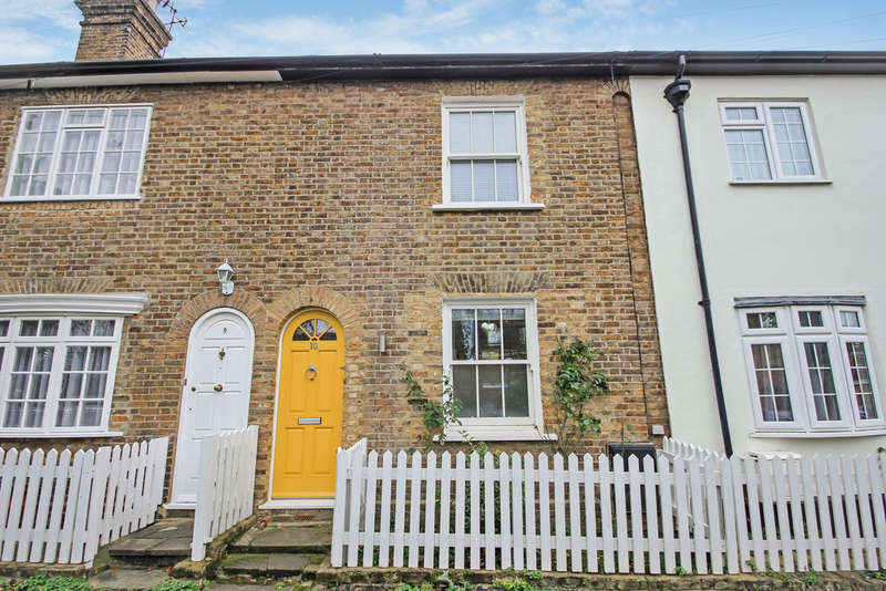 3 Bedrooms Terraced House for sale in Thames Cottages