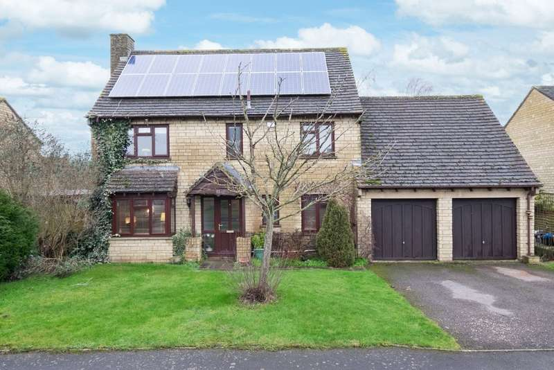 4 Bedrooms Detached House for sale in Lechlade