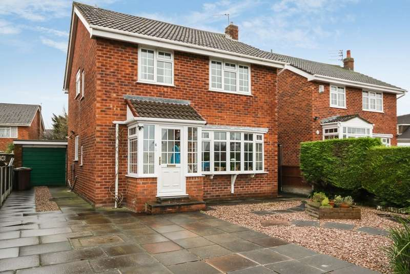 4 Bedrooms Detached House for sale in Fell View, Crossens, Southport