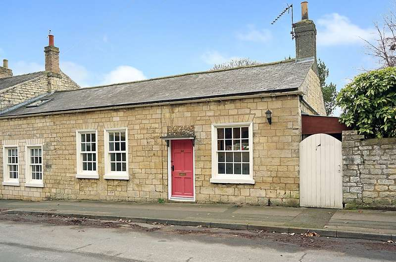 2 Bedrooms Cottage House for sale in Church Street, Boston Spa, Wetherby, LS23 6DN