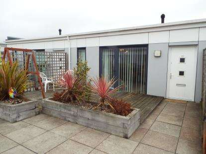 2 Bedrooms Flat for sale in 23 Palmerston Road, Bournemouth, Dorset