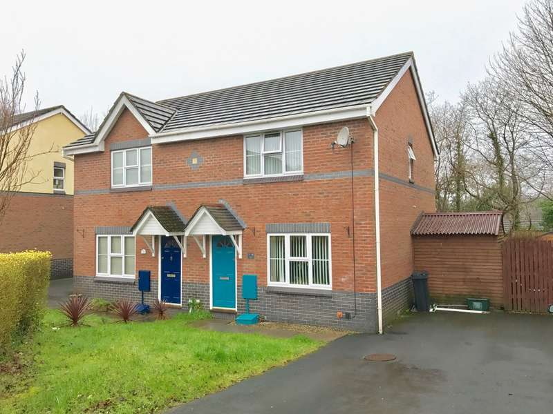 3 Bedrooms Semi Detached House for sale in Fernlea Park, Neath