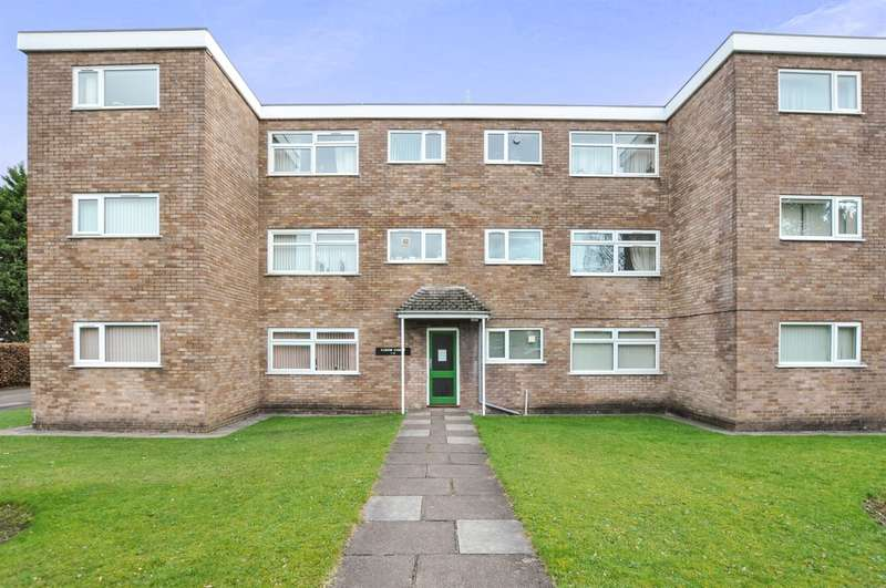 2 Bedrooms Ground Flat for sale in Curlew Close, Whitchurch, Cardiff