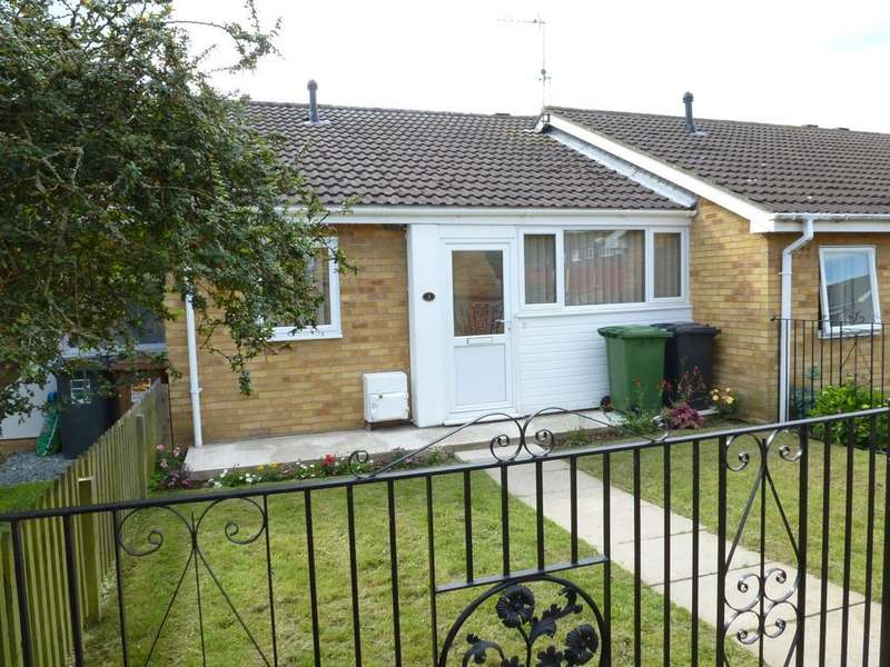 2 Bedrooms Terraced Bungalow for sale in Page Close, North Walsham