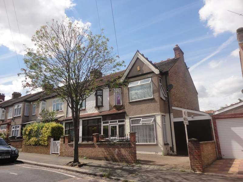 3 Bedrooms Semi Detached House for sale in Colchester Road e17