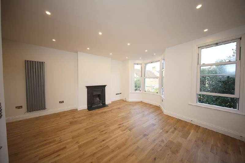2 Bedrooms Maisonette Flat for sale in Charteris Road, Queens Park