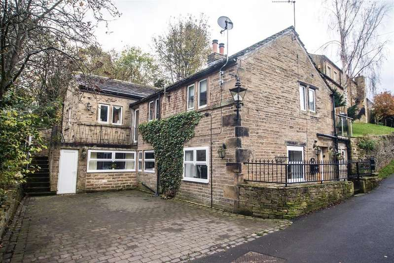 3 Bedrooms Cottage House for sale in Low Town, Kirkburton, Huddersfield, HD8 0SB