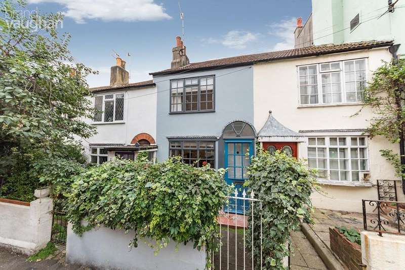 2 Bedrooms Cottage House for sale in Frederick Gardens, Brighton, BN1