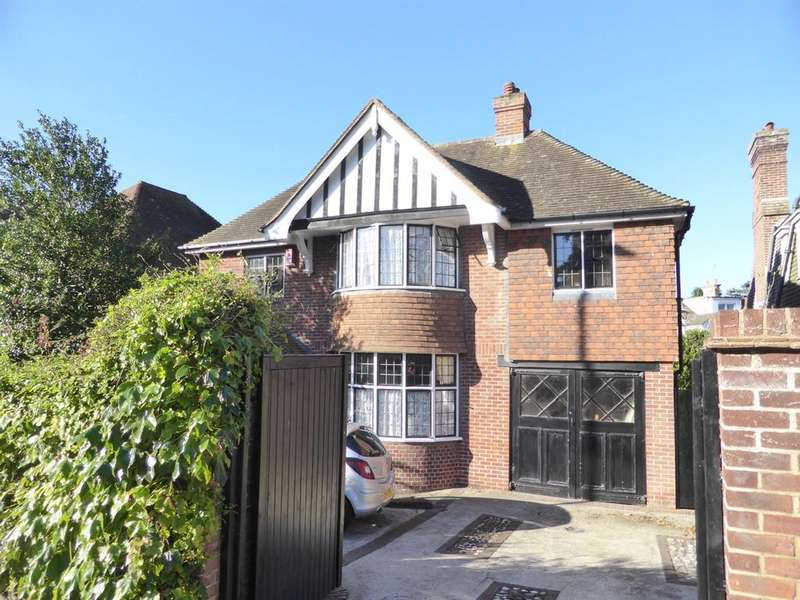 4 Bedrooms Detached House for sale in Upperton Road, Eastbourne, BN21