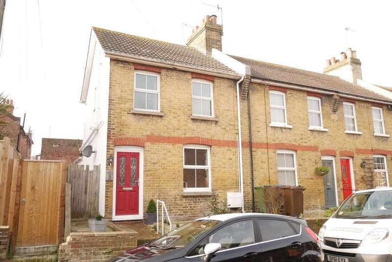 2 Bedrooms Terraced House for sale in New Place, Old Town, Eastbourne, BN21