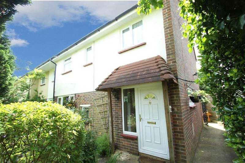 4 Bedrooms Semi Detached House for sale in Allangate Drive, Rustington, West Sussex
