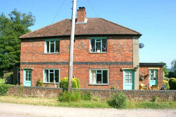 3 Bedrooms Semi Detached House for sale in Hartfield Road, Cowden, Edenbridge