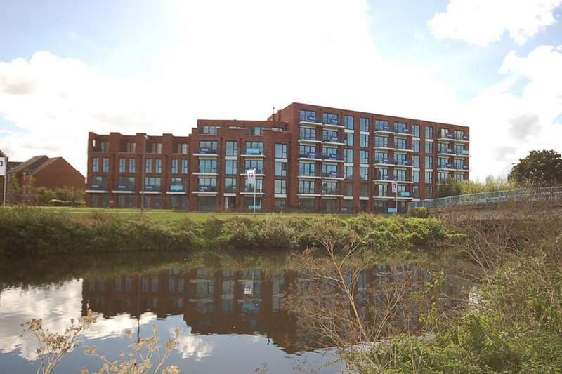2 Bedrooms Flat for sale in Priory Bridge Road, Taunton