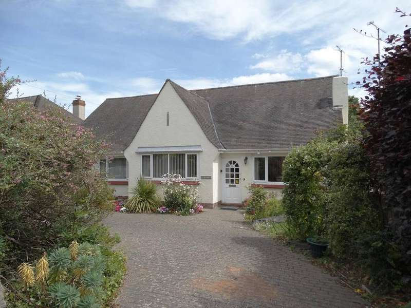 3 Bedrooms Detached Bungalow for sale in Brambles, Rhos on Sea, LL28 4TF