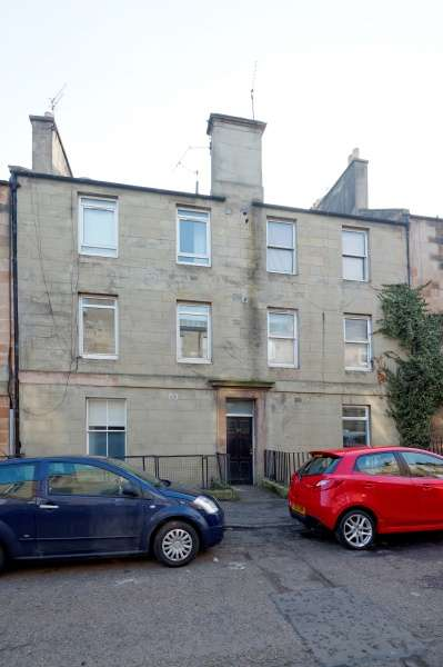 1 Bedroom Flat for sale in Prince Regent Street, Leith, Edinburgh, EH6 4AP