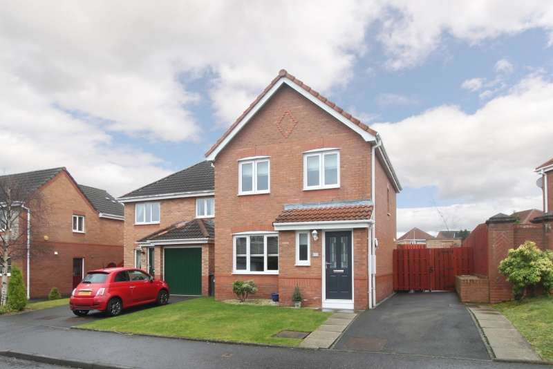 3 Bedrooms Detached House for sale in Dover Park, Dunfermline, Fife, KY11 8HX