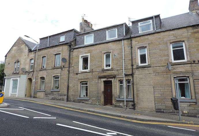 3 Bedrooms Flat for sale in 108 Scott Street, Galashiels, TD1 1DX
