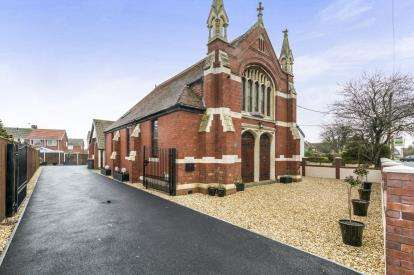 4 Bedrooms Detached House for sale in Redwick Road, Pilning, Bristol, Gloucestershire