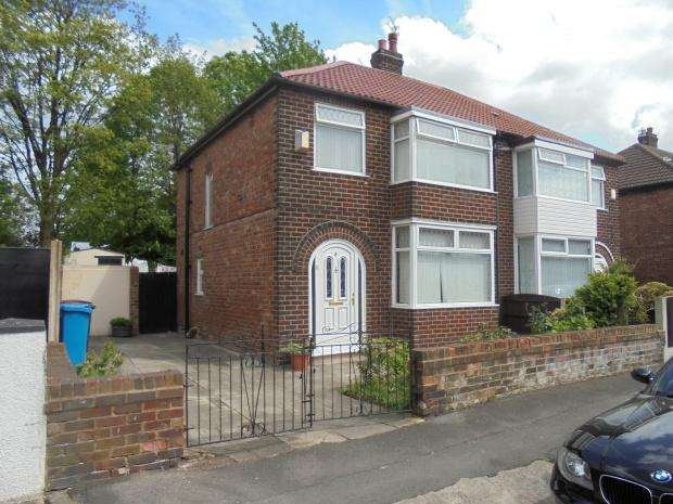 3 Bedrooms Semi Detached House for sale in Hawthorn Street, Manchester, M18