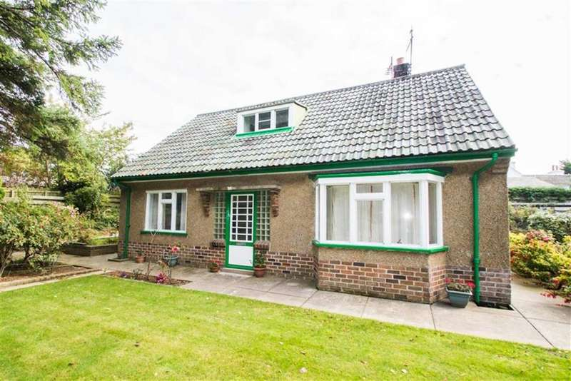 4 Bedrooms Detached House for sale in Station Road, Ballaugh
