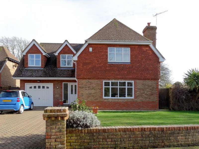 4 Bedrooms Detached House for sale in Felpham, Bognor Regis