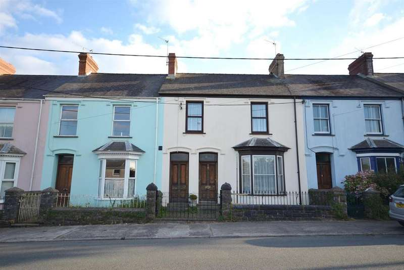3 Bedrooms Terraced House for sale in Holyland Road, Pembroke