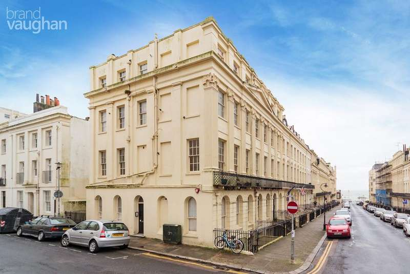 1 Bedroom Flat for sale in Oriental Place, Brighton, BN1