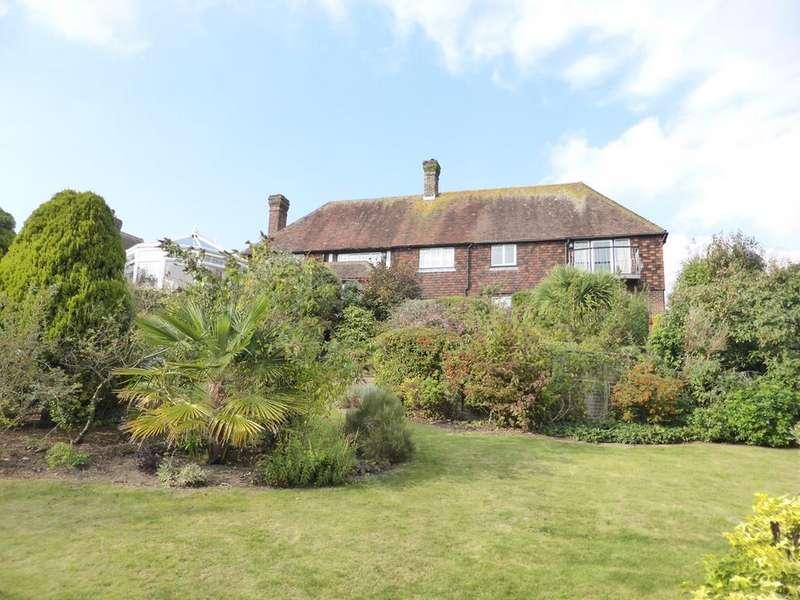 5 Bedrooms Detached House for sale in Hillside, East Dean, Eastbourne, BN20