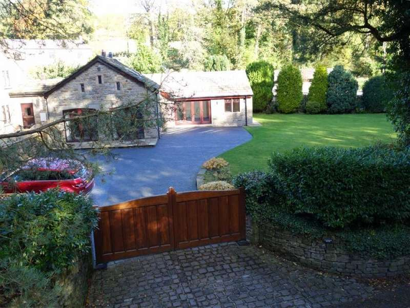 3 Bedrooms Link Detached House for sale in Barley New Road, Barley, Lancashire