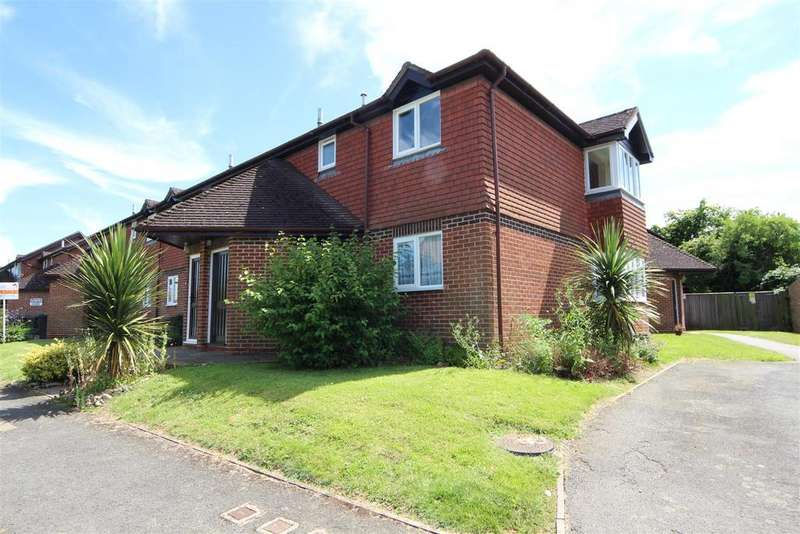 1 Bedroom Apartment Flat for sale in Smithers Lane, East Peckham, Tonbridge