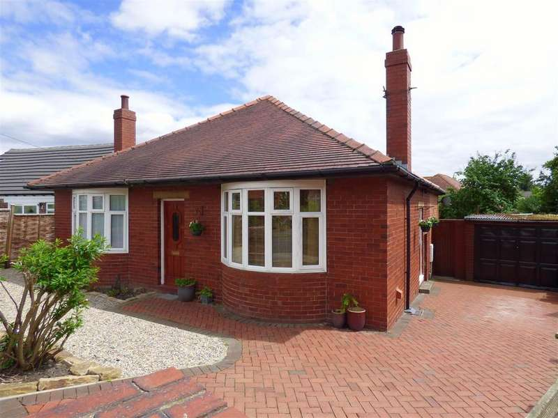 3 Bedrooms Detached House for sale in Lincoln Avenue, Roberttown, Liversedge
