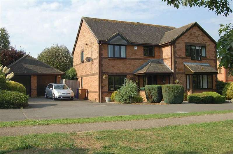 5 Bedrooms Detached House for sale in Larch Avenue, St Ippolyts, Hertfordshire