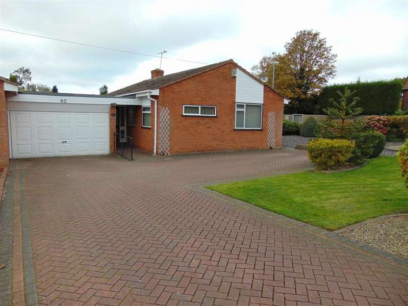 3 Bedrooms Detached Bungalow for sale in Walsall Wood Road, Aldridge