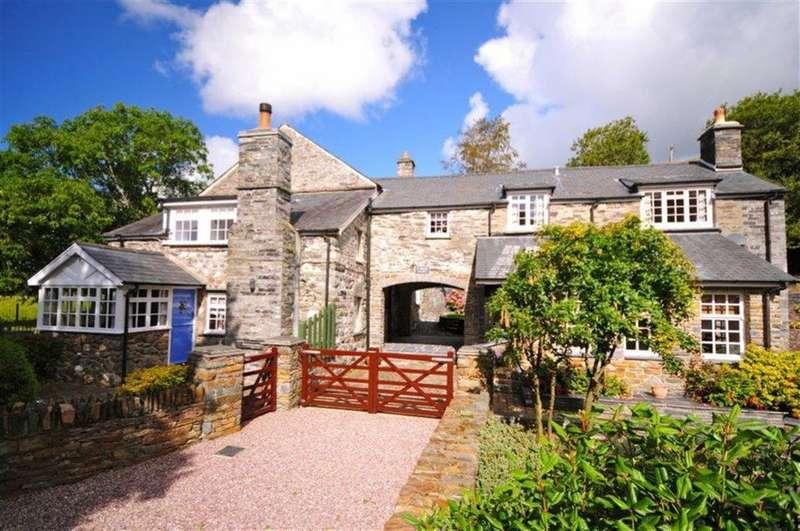 5 Bedrooms Detached House for sale in Y Felin, Bryncrug, Gwynedd, LL36