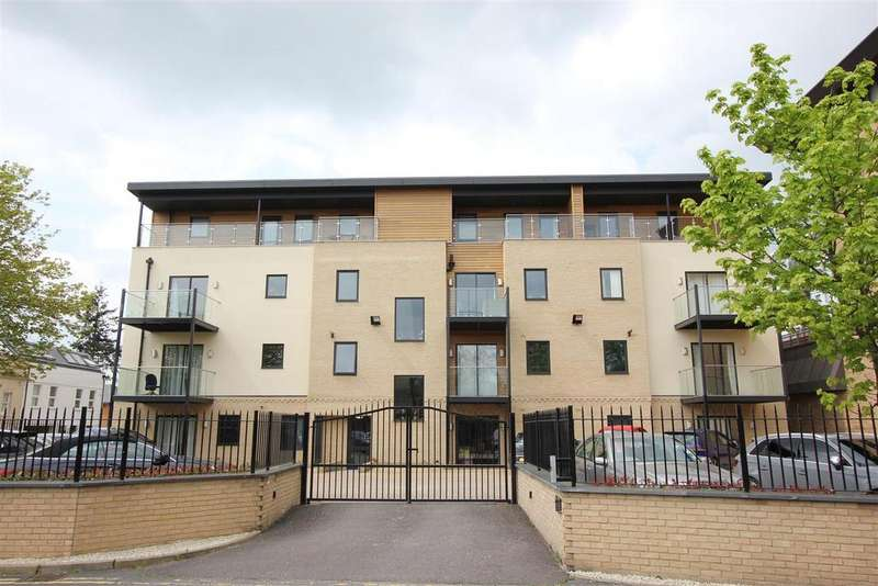 2 Bedrooms Apartment Flat for sale in New Road, Brentwood