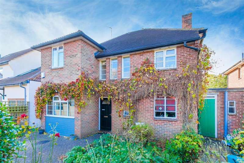 4 Bedrooms Detached House for sale in Blenheim Drive, Oxford