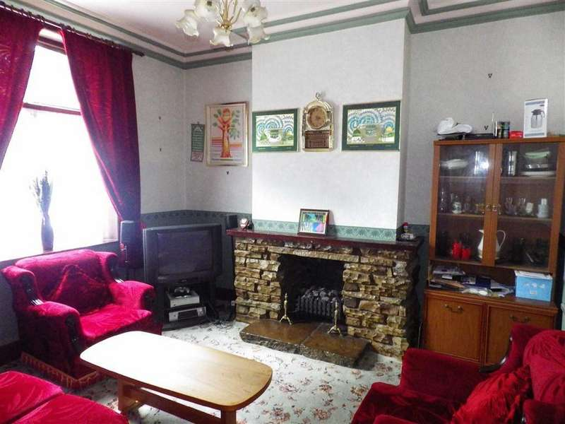4 Bedrooms Terraced House for sale in Bury Road, Haslingden, Rossendale, Lancashire, BB4