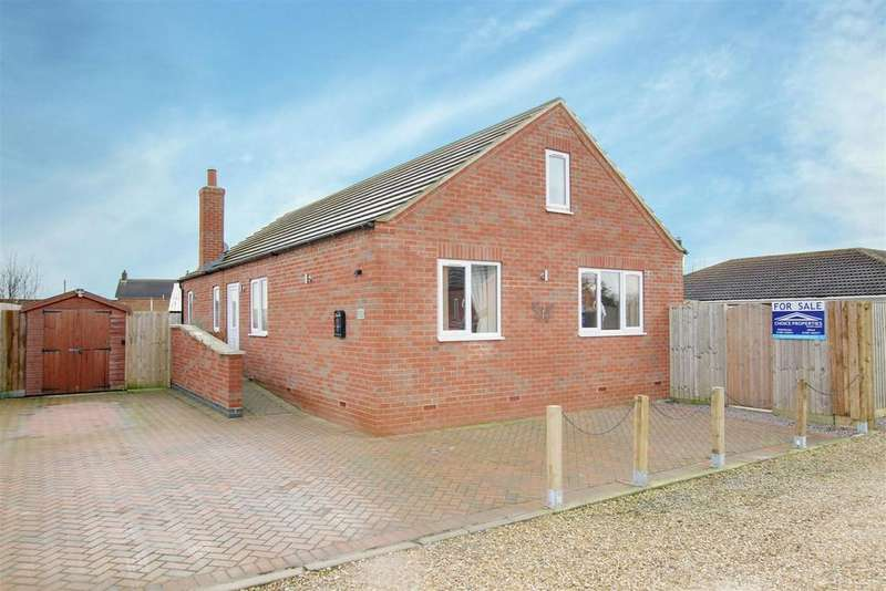 3 Bedrooms Detached Bungalow for sale in The Toft, Crabtree Lane, Sutton-On-Sea, Lincolnshire