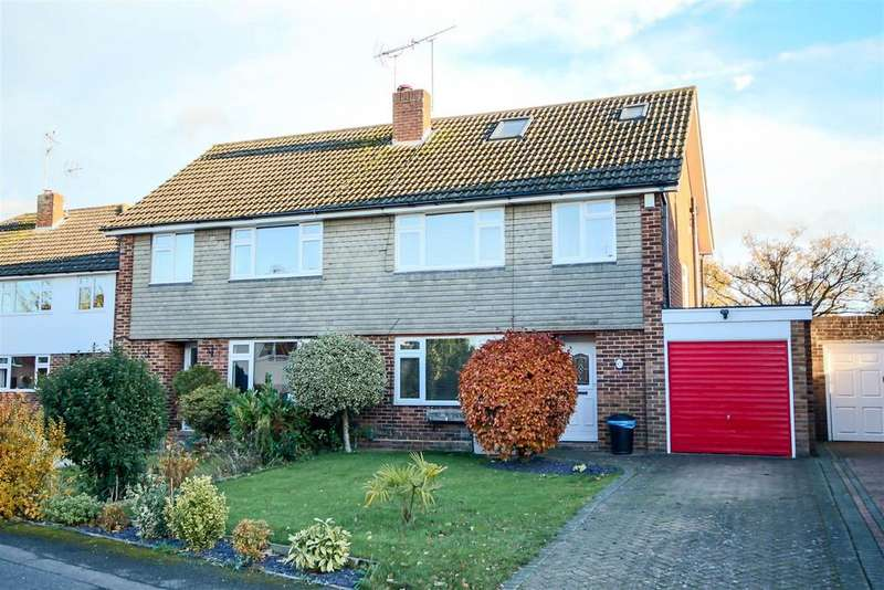 4 Bedrooms Semi Detached House for sale in Springfield Park, Twyford, Reading