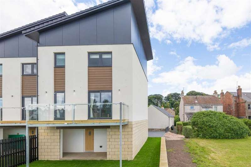 3 Bedrooms Town House for sale in Main Street, St Andrews, Fife