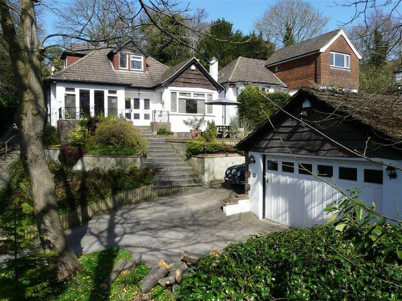 4 Bedrooms Detached Bungalow for sale in Hartfield Crescent, West Wickham, Kent