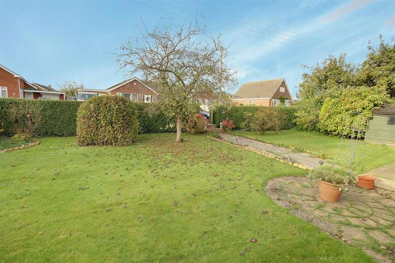 3 Bedrooms Detached Bungalow for sale in 12 Tothby Lane, Alford, Lincolnshire