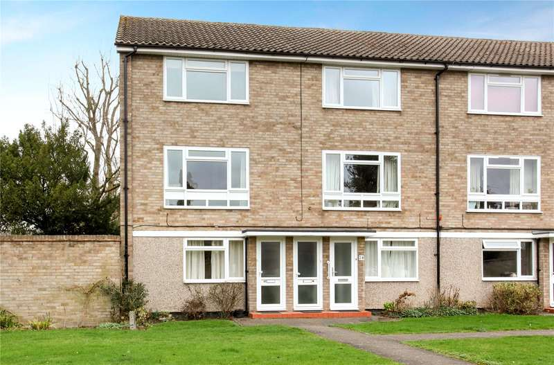 2 Bedrooms Flat for sale in Osborne Court, Osborne Road, Windsor, Berkshire, SL4