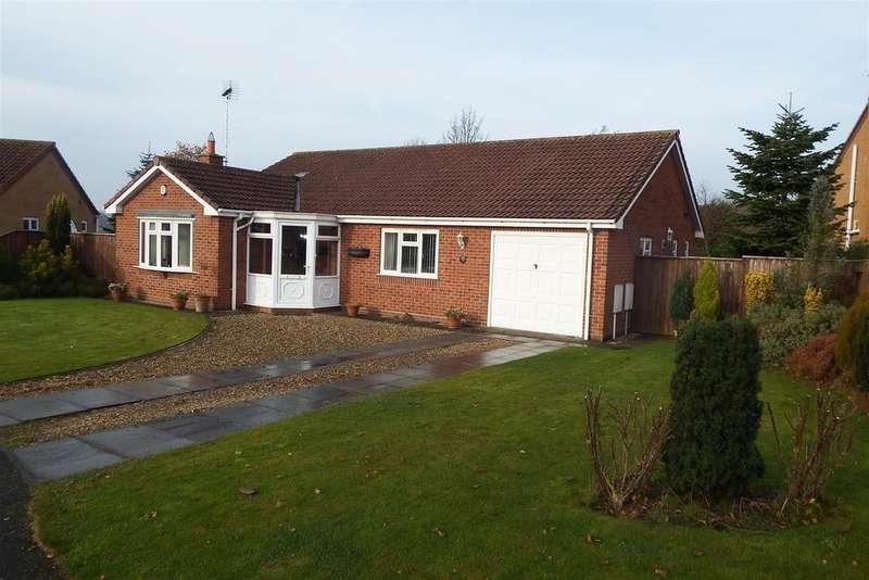 3 Bedrooms Detached Bungalow for sale in Lancaster Close, Long Sutton