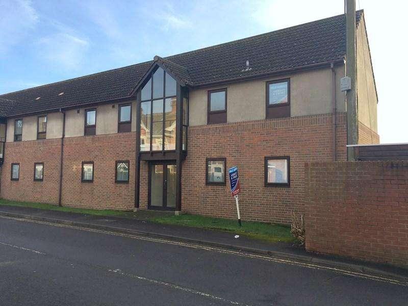 1 Bedroom Ground Flat for sale in Walrow Road, Highbridge