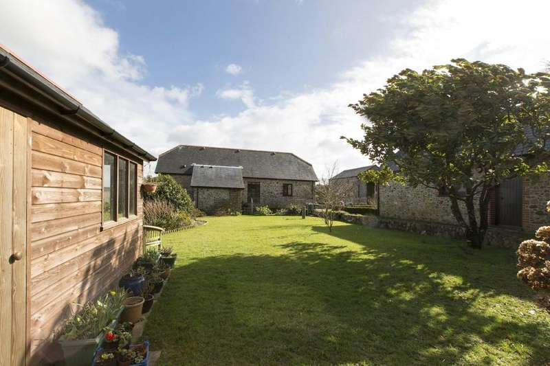 3 Bedrooms Barn Conversion Character Property for sale in Higher Cumery, Aveton Gifford, Kingsbridge, Devon, TQ7