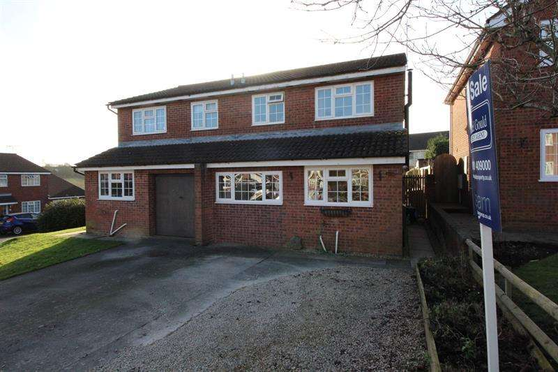 4 Bedrooms Semi Detached House for sale in Birch Road, Radstock