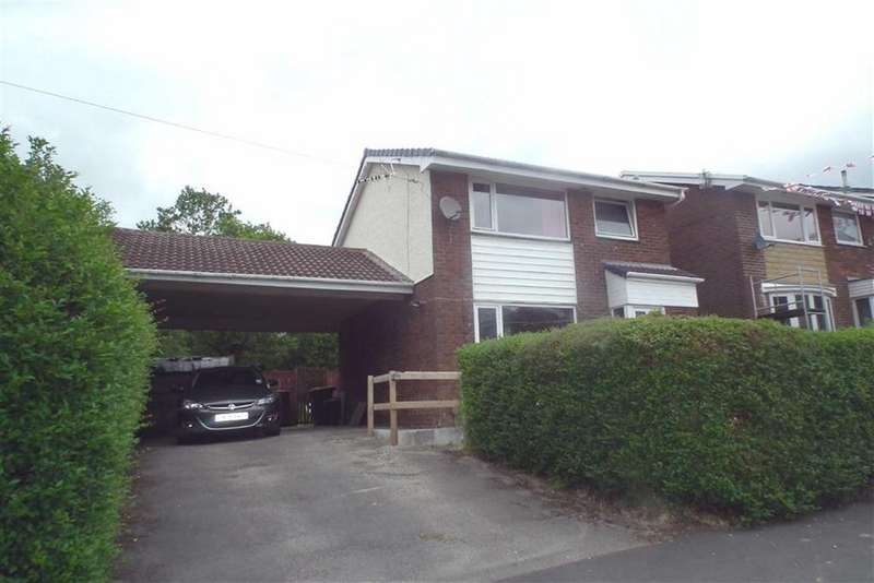 3 Bedrooms Detached House for sale in Delamere Road, Briercliffe, Lancashire